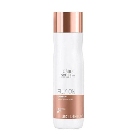 Wella Fusion Shampoo 250ml - intensives regenerierendes shampoo