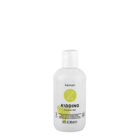 Kemon Kidding Shampoo Hair & Body 200ml - mildes Reinigungsmittel, das die Augen nicht verbrennt