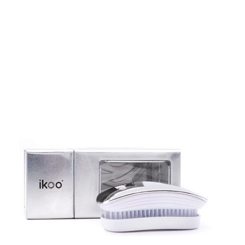 Ikoo Pocket Oyster Metallic Brush